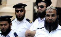 Бородатых египетских полицейских будут отстранять от службы