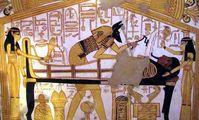 Египтологи восстановили историю египетской мумии в глиняном панцире