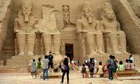 Храм Бога Хонсу в Карнаке в Луксоре