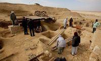 Археологи считают, что наткнулись на новые гробницы в Египте