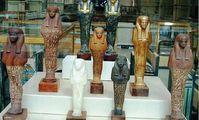 Франция и США вернули Египту сотни похищенных артефактов