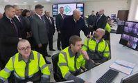 Фото Лукашенко с «прижившимся в Беларуси» египтянином Фади повезли президенту Египта.
