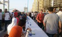 В Александрии провели рекордный 4-километровый ифтар