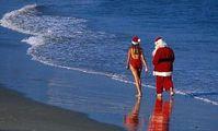 Новый Год. Дед Мороз. Пляж.