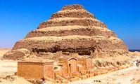 """В древнейшей пирамиде Египта найден """"путь в загробный мир"""""""