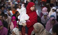 Куда движется ситуация вокруг женщин, содержащих свои семьи в Египте?
